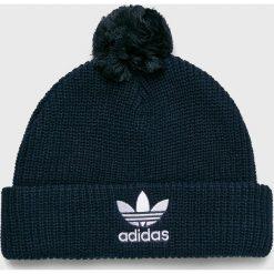 Adidas Originals - Czapka. Czarne czapki zimowe męskie adidas Originals, z dzianiny. W wyprzedaży za 79,90 zł.