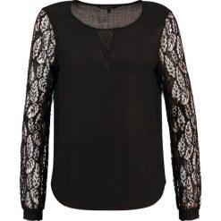Bluzki asymetryczne: Vero Moda VMANNA Bluzka black