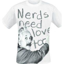 T-shirty męskie: Albert Einstein Nerds Need Love Too T-Shirt biały