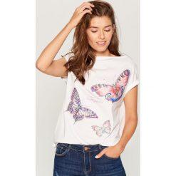 Koszulka z aplikacją - Biały. Białe t-shirty damskie Mohito, l, z aplikacjami. Za 69,99 zł.
