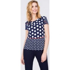 Bluzki damskie: Granatowa bluzka w białe grochy QUIOSQUE