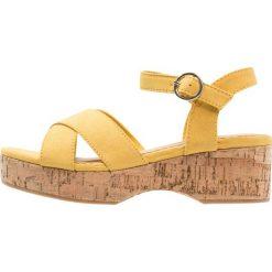 Next OLDER GIRLS Sandały yellow. Żółte sandały chłopięce Next, z materiału. Za 229,00 zł.