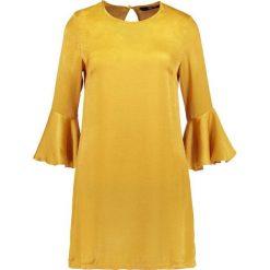 Sukienki: Missguided HAMMERED FRILL SLEEVE SHIFT DRESS Sukienka koktajlowa mustard