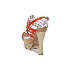 Sandały Versace  DSL943T. Czerwone sandały damskie VERSACE. Za 1756,30 zł.