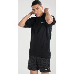Nike Performance FLEX ESSENTIAL Kurtka sportowa black/reflective silver. Brązowe kurtki sportowe męskie marki N/A, w kolorowe wzory. Za 369,00 zł.