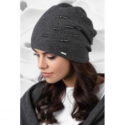 Czapka damska Rimini. Czarne czapki zimowe damskie Astratex, na zimę, z aplikacjami, z dzianiny. Za 95,99 zł.