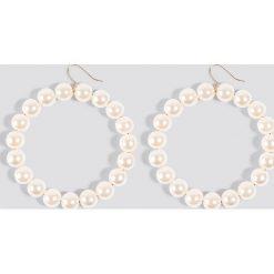 Kolczyki damskie: Trendyol Kolczyki ze sztucznymi perłami – White