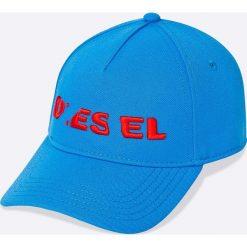Diesel - Czapka. Niebieskie czapki z daszkiem męskie Diesel, z poliesteru. W wyprzedaży za 129,90 zł.