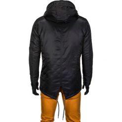 KURTKA MĘSKA PRZEJŚCIOWA PARKA C302 - CZARNA. Czarne kurtki męskie pikowane marki Ombre Clothing, m, z nylonu. Za 99,00 zł.
