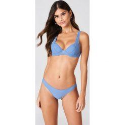 Stroje kąpielowe damskie: J&K Swim X NA-KD Dół bikini z wysokimi wycięciami – Blue