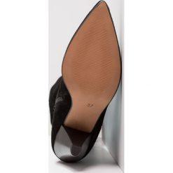 Topshop BOXER SUEDE HL BT  Muszkieterki black. Czarne buty zimowe damskie marki Topshop, z materiału. W wyprzedaży za 471,20 zł.