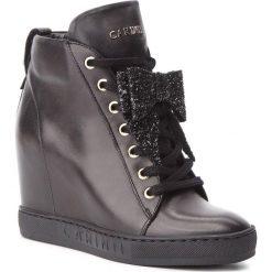 Sneakersy CARINII - B4518 E50-F81-000-B88. Czarne sneakersy damskie marki Carinii, z materiału. W wyprzedaży za 309,00 zł.