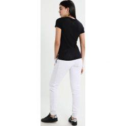 Superdry VINTAGE LOGO BURNOUT ENTRY Tshirt z nadrukiem sport code black. Czarne t-shirty damskie Superdry, xs, z nadrukiem, z bawełny. Za 149,00 zł.