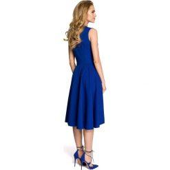 Rozkloszowana sukienka  moe271. Niebieskie sukienki balowe marki SaF, na co dzień, xl, z żakardem, z asymetrycznym kołnierzem, dopasowane. Za 149,90 zł.
