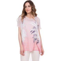 Bluzka nietoperz we wzory BIALCON. Różowe bluzki nietoperze marki Born2be, m. W wyprzedaży za 144,00 zł.