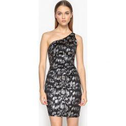 Sukienki: Asymetryczna sukienka gorsetowa