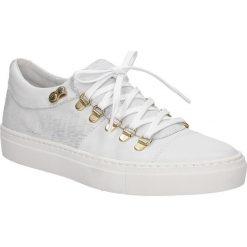 Białe buty sportowe skórzane sznurowane Creator S-2413T. Czarne buty sportowe damskie marki Casu. Za 299,99 zł.
