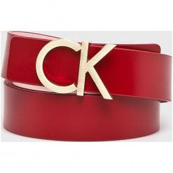 Calvin Klein - Pasek skórzany. Czerwone paski damskie Calvin Klein, w paski, z materiału. Za 269,90 zł.