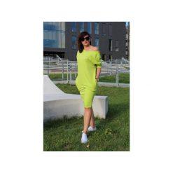 Zielona sukienka midi oversize. Zielone sukienki dresowe Szarymary, xxs, midi, dopasowane. Za 129,00 zł.