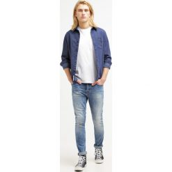 Only & Sons ONSLOOM Jeansy Slim Fit medium blue denim. Brązowe jeansy męskie marki Only & Sons, l, z poliesteru. W wyprzedaży za 188,10 zł.