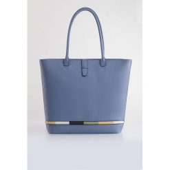 Torba z kolorowym klinem II. Szare torebki klasyczne damskie marki Monnari, w paski, z materiału, duże. Za 99,60 zł.