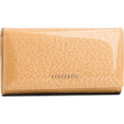 Duży Portfel Damski PETERSON - 411-14-9-13 Gold. Żółte portfele damskie Peterson, z lakierowanej skóry. Za 139,00 zł.