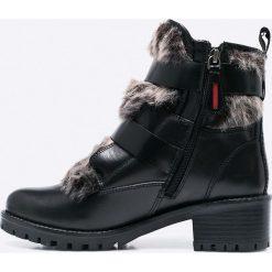 Gioseppo - Botki. Czarne buty zimowe damskie Gioseppo, z materiału, z okrągłym noskiem. W wyprzedaży za 159,90 zł.