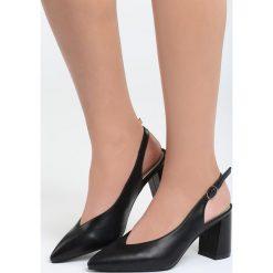 Czarne Sandały I'm Chillin. Czarne sandały damskie na słupku marki Born2be, z materiału, na wysokim obcasie. Za 69,99 zł.