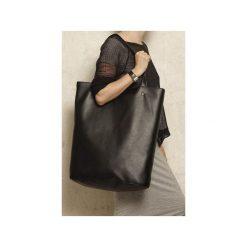 Mega Shopper bag czarna torba oversize Vegan. Czarne shopper bag damskie Hairoo, w paski. Za 170,00 zł.