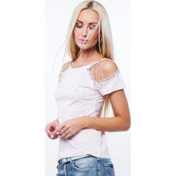 Bluzka z mieniącymi aplikacjami jasnoróżowa ZZ1051. Czarne bluzki z odkrytymi ramionami marki Fasardi, m, z dresówki. Za 44,00 zł.