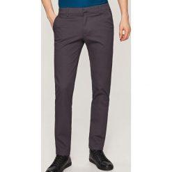 Rurki męskie: Spodnie chino slim fit - Szary