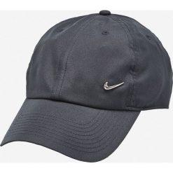 Nike Sportswear - Czapka Heritage 86 Cap. Szare czapki z daszkiem męskie Nike Sportswear. W wyprzedaży za 49,90 zł.