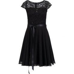 Swing Sukienka koktajlowa black. Czarne sukienki koktajlowe marki Swing, z elastanu. Za 519,00 zł.
