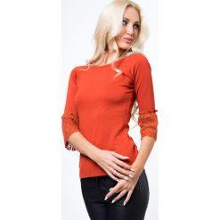 Bluzki damskie: Bluzka z koronką przy rekawach ruda MP16195