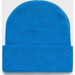 Converse - Czapka. Niebieskie czapki zimowe damskie marki Converse, na zimę, z dzianiny. W wyprzedaży za 69,90 zł.