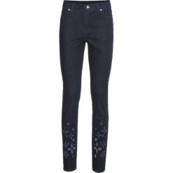 Dżinsy SKINNY bonprix ciemnoniebieski denim. Niebieskie jeansy damskie skinny bonprix, w ażurowe wzory, z denimu. Za 79,99 zł.