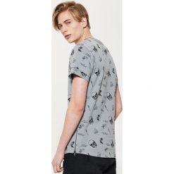 T-shirty męskie: T-shirt z printem w czaszki – Szary