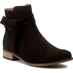 Botki KARINO - 2104/003-P Czarny. Fioletowe buty zimowe damskie marki Karino, ze skóry. W wyprzedaży za 219,00 zł.