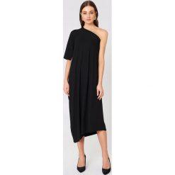 Sukienki asymetryczne: Filippa K Asymetryczna sukienka wieczorowa – Black
