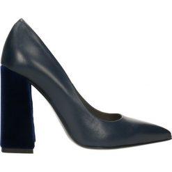 Czółenka INGRID. Niebieskie buty ślubne damskie Gino Rossi, ze skóry, na wysokim obcasie, na słupku. Za 249,90 zł.