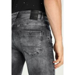 Cars Jeans DUST Jeans Skinny Fit black used. Czarne jeansy męskie relaxed fit marki Criminal Damage. Za 249,00 zł.