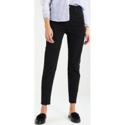 Topshop ORSON  Jeansy Slim Fit black. Czarne jeansy damskie Topshop. Za 249,00 zł.