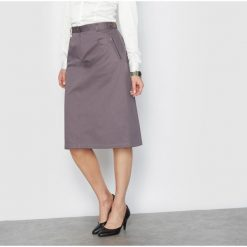 Długie spódnice: Prosta spódnica z bawełnianej satyny ze stretchem; długość 64 cm