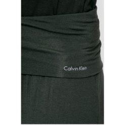 Calvin Klein Underwear - Spodnie piżamowe. Różowe piżamy damskie marki Calvin Klein Underwear, l, z dzianiny. W wyprzedaży za 199,90 zł.