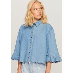 Jeansowa koszula z szerokimi rękawami - Niebieski. Niebieskie koszule jeansowe damskie marki Reserved. W wyprzedaży za 59,99 zł.