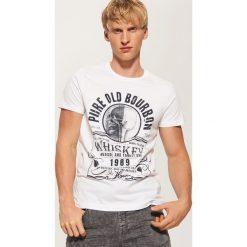 T-shirt z nadrukiem - Biały. Białe t-shirty męskie z nadrukiem House, l. Za 35,99 zł.