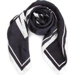 Chusta MOSCHINO - 03549 M1835 006. Czarne chusty damskie MOSCHINO, z jedwabiu. Za 819,00 zł.