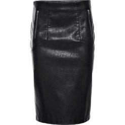Spódniczka ze sztucznej skóry bonprix czarny. Czarne spódniczki skórzane marki KALENJI. Za 59,99 zł.