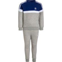 Adidas Originals TREFOIL SET Bluza mystery ink/white/medium grey heather. Szare bluzy chłopięce marki adidas Originals, z bawełny. W wyprzedaży za 215,20 zł.