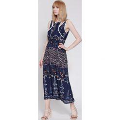 Długie sukienki: Granatowa Sukienka Linear Elements